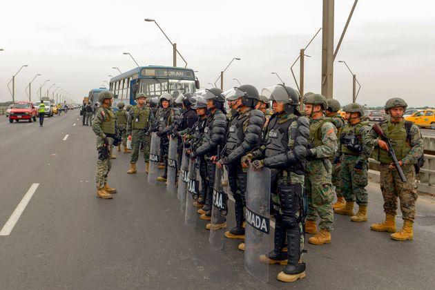 ¿Qué pasa en Ecuador para que el Gobierno huya de las riadas de indígenas que llegan a la