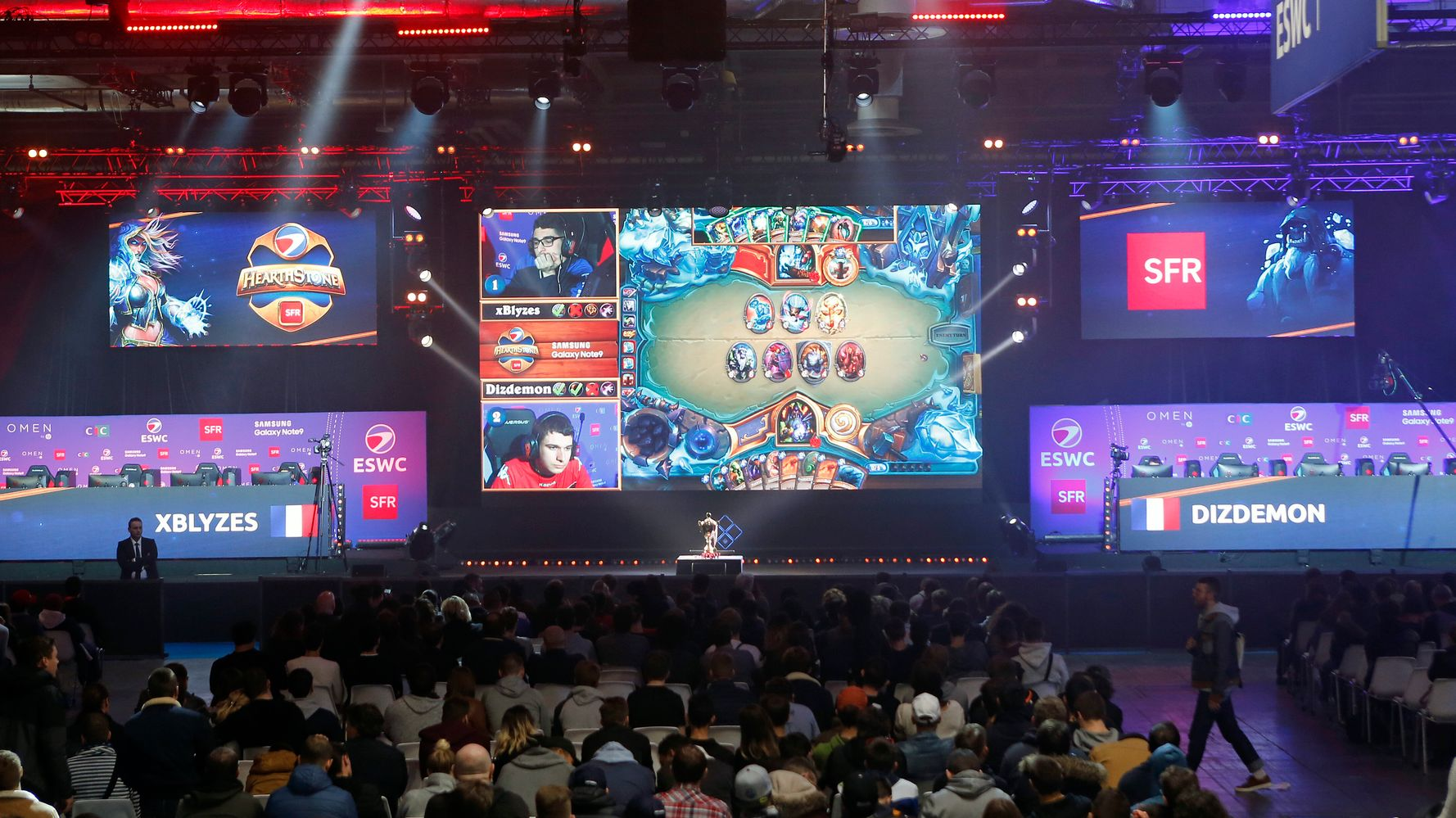 Westlake Legal Group 5d9ce051210000420733df92 Blizzard Suspends Gaming Pro After He Showed Support For Hong Kong Protests