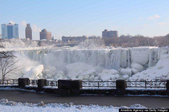 Niagara Falls Is A Frozen Wonder In