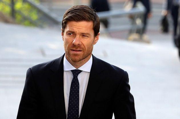 El exfutbolista español Xabi Alonso llega a la Audiencia Provincial de Madrid