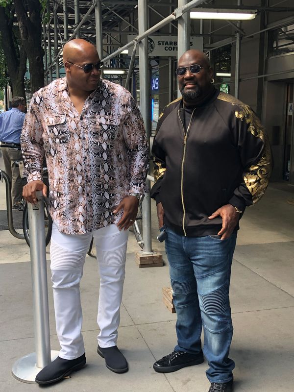"""Two old-school baseball players &mdash; Frank Thomas and Mo Vaughn &mdash; created&nbsp;<a href=""""https://mvpcollections.com"""""""