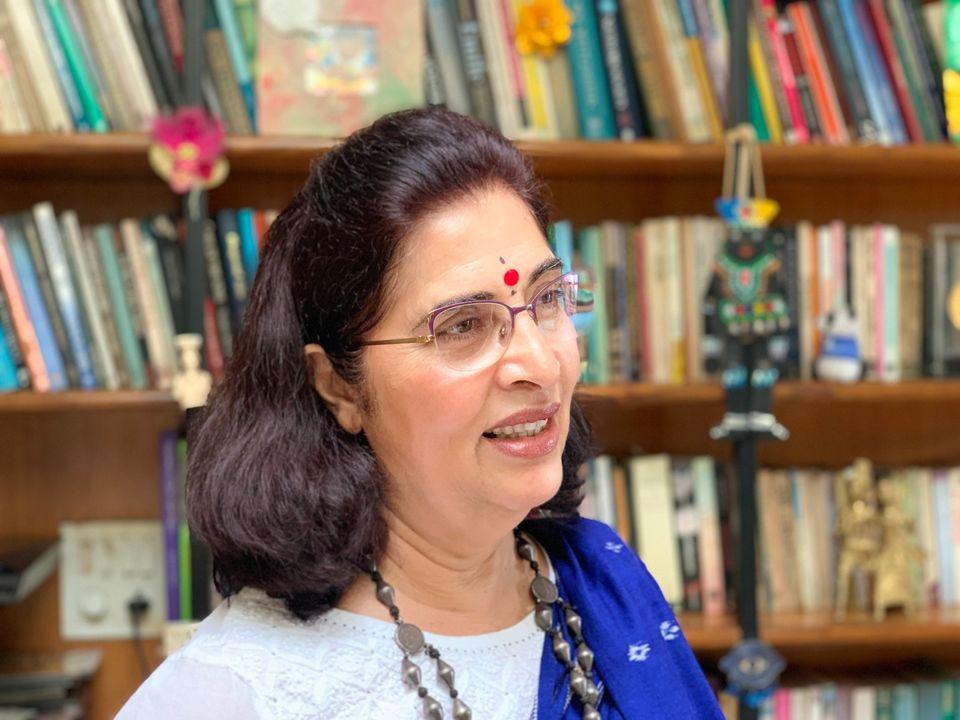 스터디홀 교육재단의 설립자인 우르바시 사흐니 박사를 자택에서 만났다. 사흐니 박사는 UC버클리 교육대학원에서 석박사 학위를 땄으며 인도의 사회혁신기업가이자 여성 인권 운동가, 교육자다....