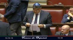 Fiano (Pd) indossa la kippa alla Camera per le vittime ebraiche di Halle in Germania