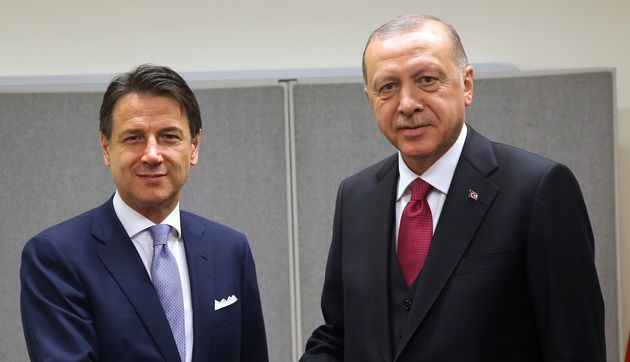 Il premier italiano Giuseppe Conte e il presidente turcoRecep Tayyip