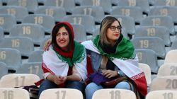 Divieto rimosso: oltre 3mila donne iraniane allo stadio per la prima volta dopo 40