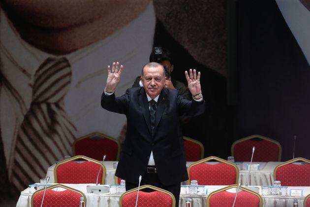 Face aux critiques, Erdogan menace d'envoyer 3,6 millions de migrants en Europe (photo prise le 10 octobre...