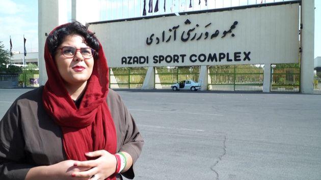 La journaliste sportive Raha Pourbakhsh n'avait pas assisté à un match dans un stade depuis 25