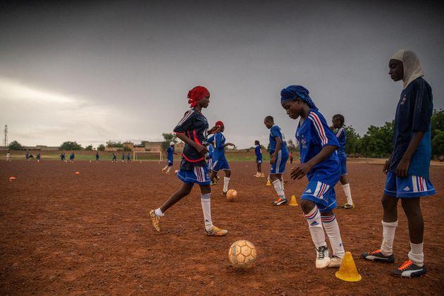 Los sueños de una niña futbolista en