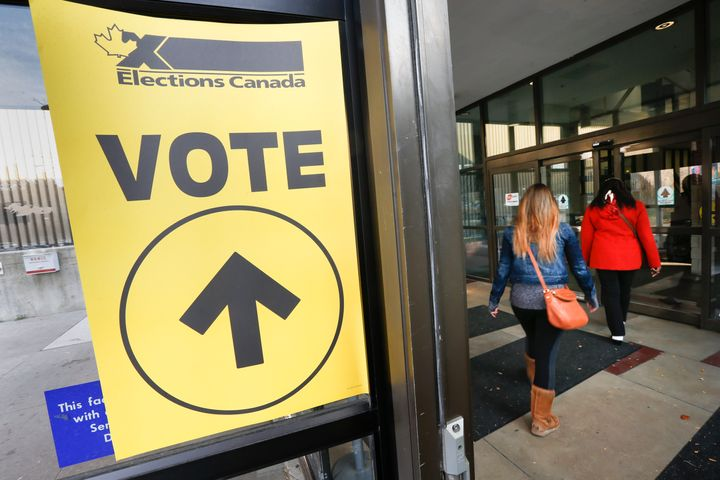 Residents in the riding of Mississauga Centre cast their votes at the Mississauga Valley Community Centre and Library on Oct. 19, 2015.