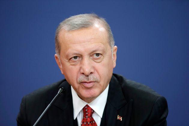 トルコ「シリア難民360万人を送る」軍事行動を批判するEUへ警告