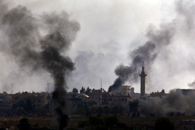 Συρία: Αυξάνονται οι νεκροί- χιλιάδες οι άμαχοι που τρέπονται σε