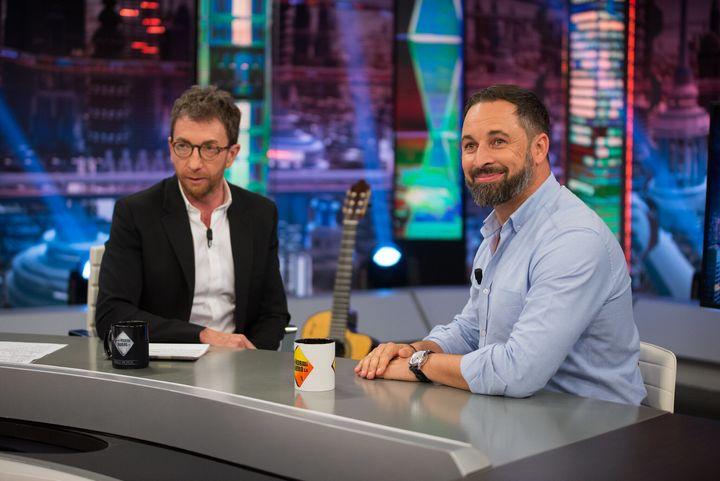 Pablo Motos y Santi Abascal, en 'El Hormiguero'