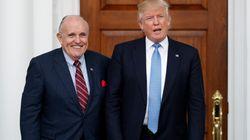 Deux proches de l'avocat de Trump arrêtés en tentant de quitter les