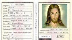 Radio Maria posta sui social la carta d'identità di Gesù. I social: