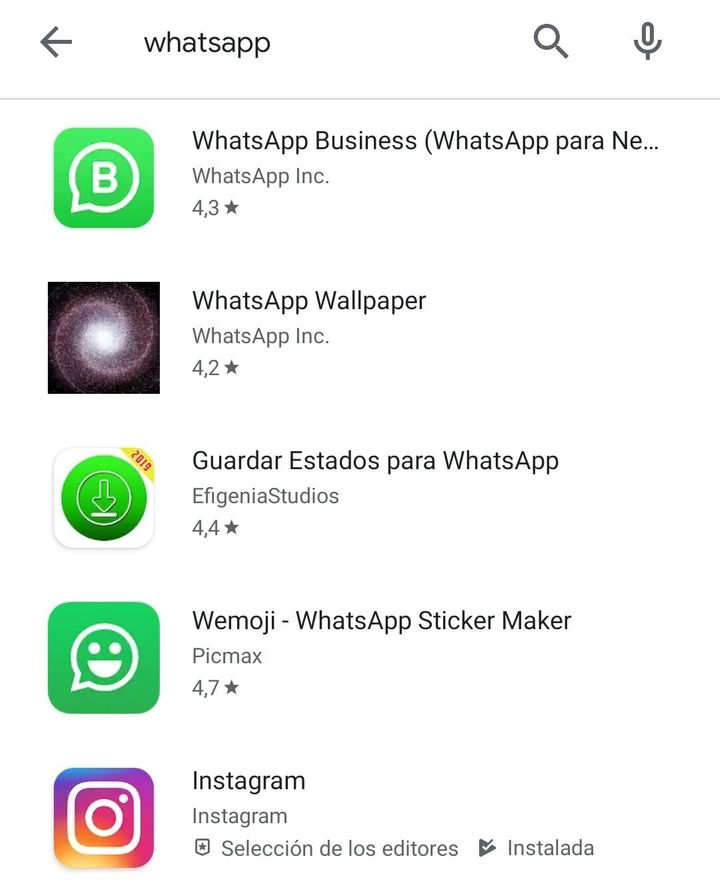 Captura de Play Store en la que no aparece WhatsApp.