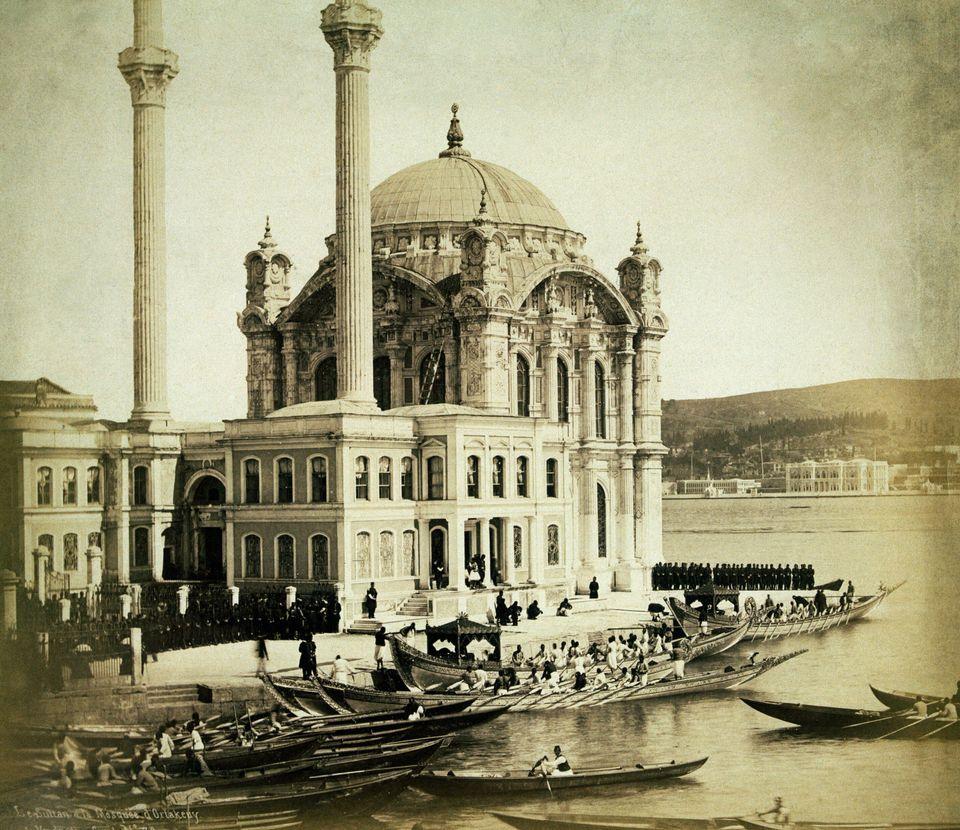Ο Λεονάρντο Ντα Βίντσι, τα σχέδια για τη γέφυρα της Κωνσταντινούπολης και η απόρριψη από τον