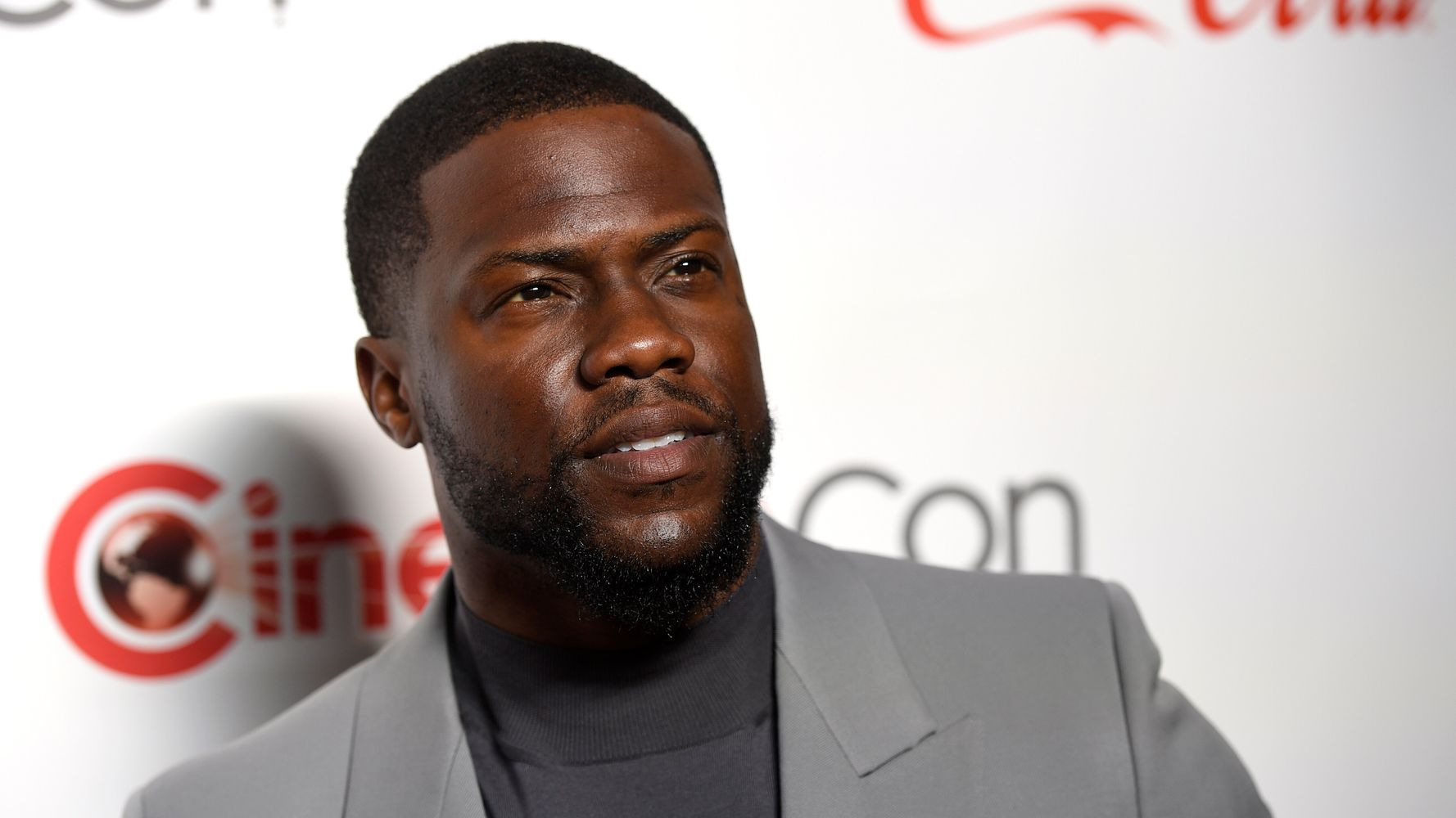 Westlake Legal Group 5da08acf2000006905500023 Kevin Hart Speaks Out On Car Crash: 'Nothing But Love' For Driver