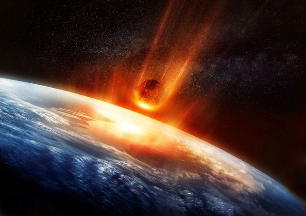 Detectan un nuevo asteroide con riesgo de impactar contra la