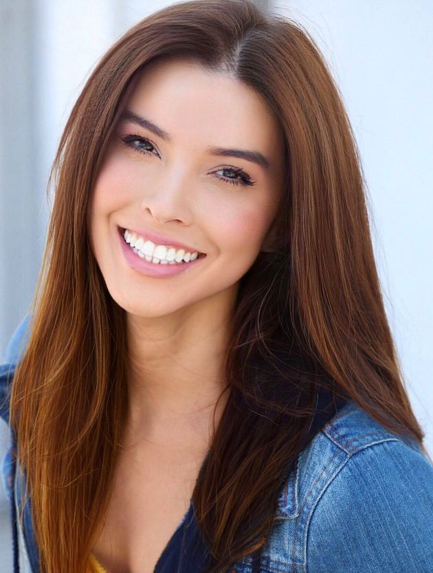 Carolina Gutierrez aconselharia sua versão mais jovem a procurar validação dentro...