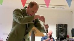 Prince Edward Has A Weird Way Of Cutting Cake, And It's Very …
