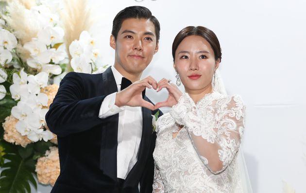강남(왼쪽),