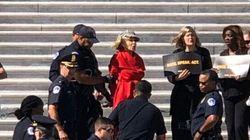 ΗΠΑ: Η Τζέιν Φόντα συνελήφθη για «κοινωνική ανυπακοή» ενώ διαδήλωνε κατά της κλιματικής