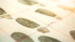 Pourquoi les empreintes digitales ne sont pas suffisantes pour identifier un