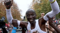 People Are In Tears Over This Athlete's Superhuman Marathon