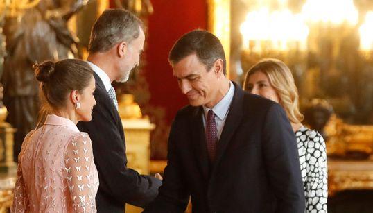 """Pedro Sánchez dice que la exhumación de Franco está lista salvo """"algunos flecos muy"""