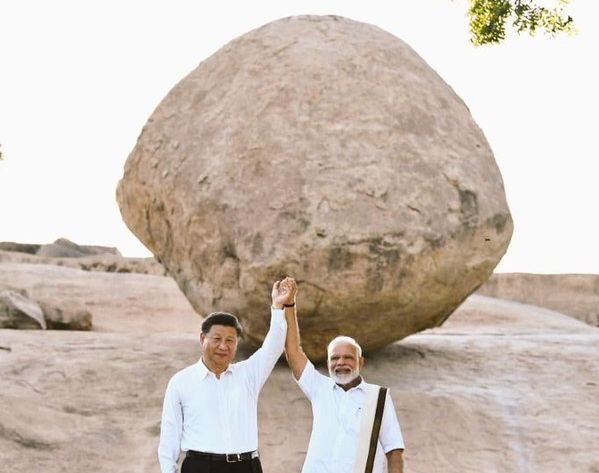 PM Modi and Chinese President Xi Jinping at Krishna's butterball during the Chennai