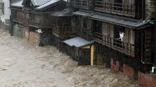 Heftige Taifun Hagibis Slams In Tokio, Millionen Sagte Zu Evakuieren
