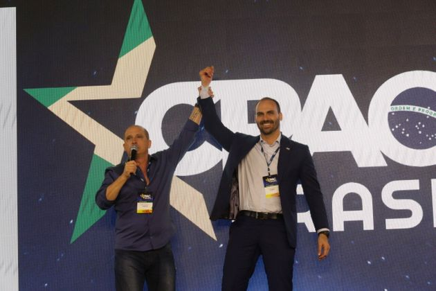 Ministro da Casa Civil, Onyx Lorenzoni, e deputado Eduardo Bolsonaro no CPAC