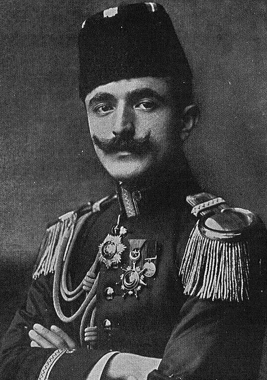 Ο Ισμαήλ Εμβέρ πασάς, Τούρκος αξιωματικός, ηγετική μορφή του νεοτουρκικού