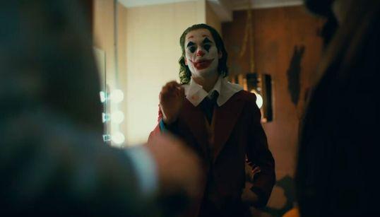 Συνεχίζει να σαρώνει εισπρακτικά το «Joker» - Παραμένει στην κορυφή του αμερικανικού box