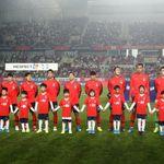 평양에서 월드컵 예선이 열리지만 선수들은 외로울