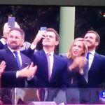 El vídeo de Abascal, Rivera y Casado reaccionando al accidente del paracaidista es LO MEJOR que verás
