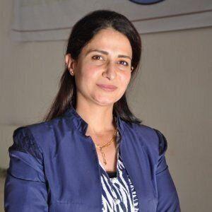 L'attivista per i diritti delle donne Hevrin Khalaf uccisa dai miliziani filo-turchi in