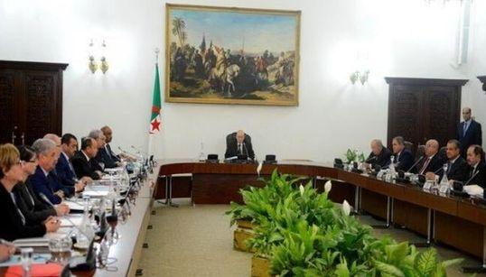 Le Conseil des ministres approuve les avant-projets de lois sur les hydrocarbures et les