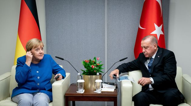Οσα είπαν στο τηλέφωνο Μέρκελ-Ερντογάν για τη τουρκική εισβολή στη