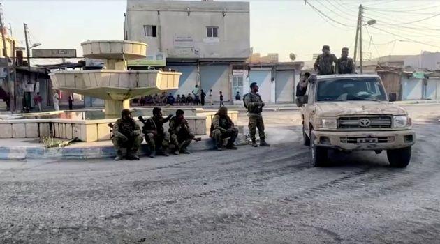 Μαίνονται οι συγκρούσεις στη βορειοανατολική Συρία: Αναπτύσσει στρατό και ο