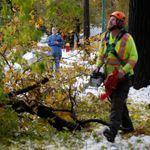Tempête de neige: des milliers de Manitobains toujours privés de