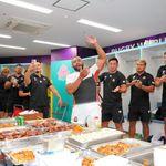 【ラグビー・ワールドカップ】日本代表が「世界的偉業」をピザで祝う