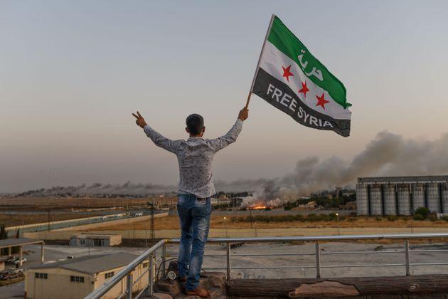 Depuis le début de son offensive, la Turquie s'est emparé de dizaines de localité...