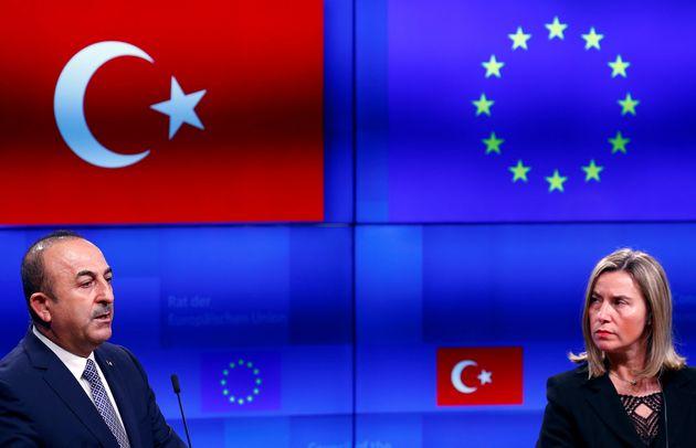 Οι υπουργοί Εξωτερικών της ΕΕ εξετάζουν τη λήψη μέτρων σε βάρος της Τουρκίας για την εισβολή στην