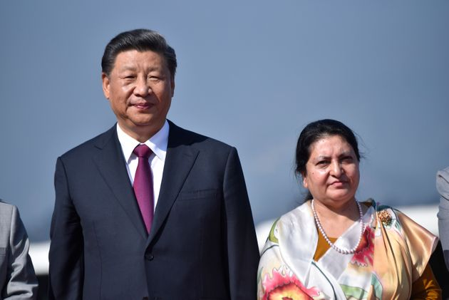 Xi avverte Hong Kong e Tibet: