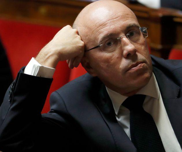 Eric Ciotti, député LR, va déposer une proposition de loi visant à interdire le voile aux accompagnatrices...
