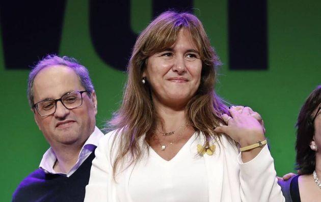 El presidente de la Generalitat, Quim Torra (i), acompañado por la cabeza de lista del partido independentista...