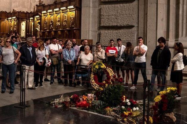 Último día de visitas en el Valle de los Caídos que desde las seis de la tarde del...