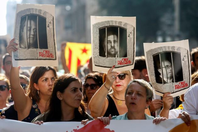 Manifestazione a Barcellona dopo la sentenza della Suprema Corte di