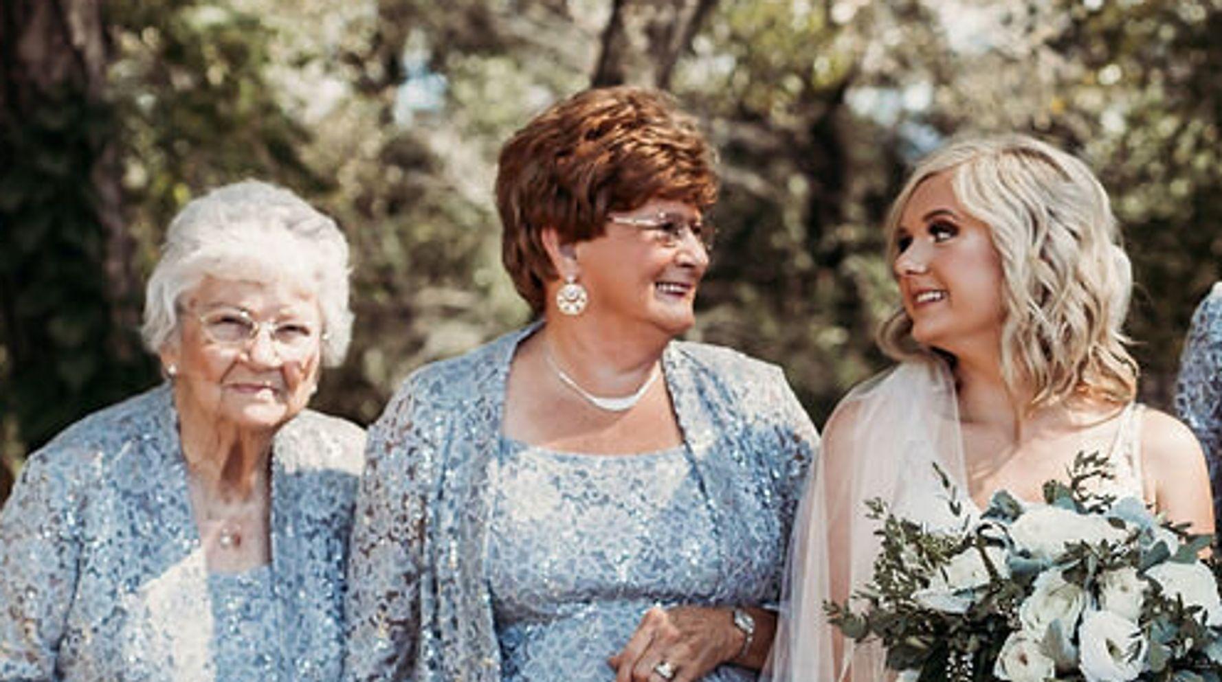 This Bride's 4 Grandmas Were The Flower Girls At Her Wedding